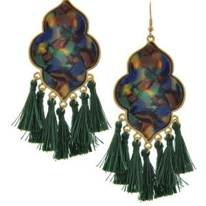Dangle Tassel / Earring
